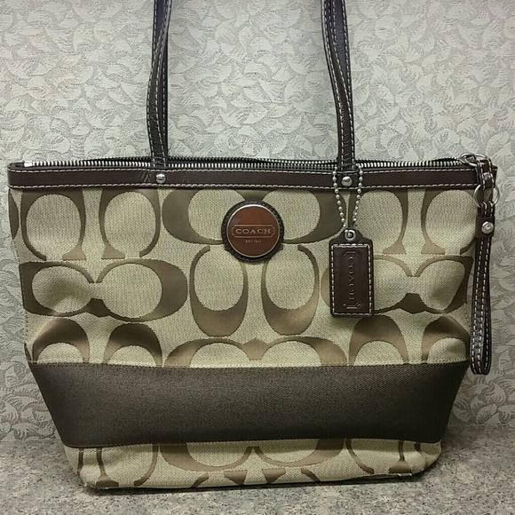 7d0e68a1ef0d Coach Signature Brown Stripe and Tan Purse